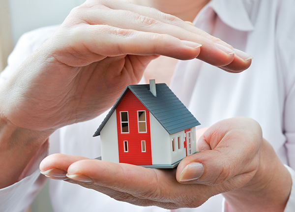 House in Hands - Home Insurance